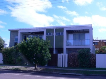Duplex - Burke Road - Golden Beach